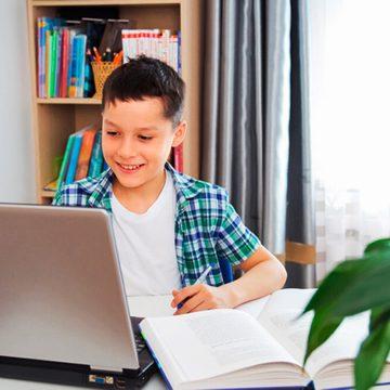 Cómo optimizar la experiencia de las clases virtuales sin saturar las redes de Internet del hogar