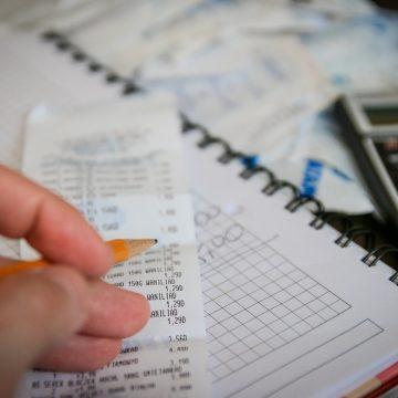 Cultura de ahorro: ¿Es posible invertir mis ingresos en el extranjero sin salir del país?